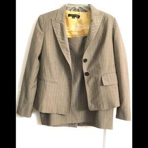 Anne Klein Brown Striped Wool Blend Suit Sz. 4